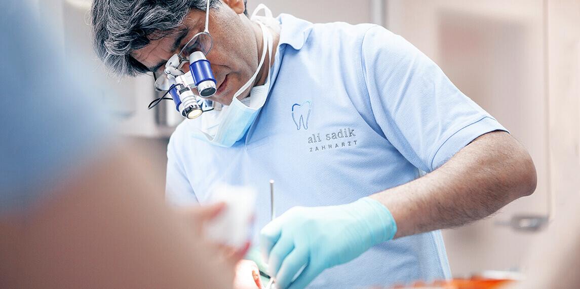 Ali Sadik bei der Arbeit